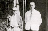 O Harry Pickering (αριστερά) με τον Giuseppe Cipriani